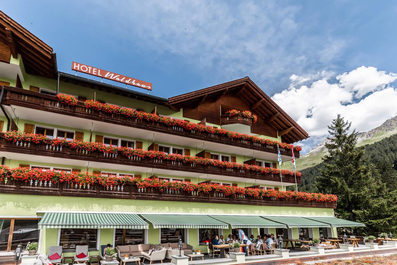 Sonnenterrasse Hotel Waldhaus